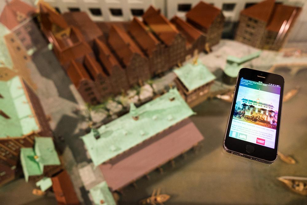Hamburg - App und Modell der Alten Börse im Hamburg Museum