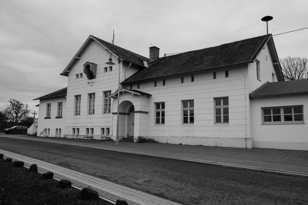 Von Karl Friedrich Schinkel entworfenes Schulgebäude in Kastel